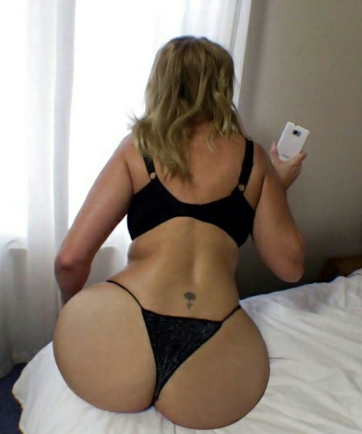 fat booty huge butt thick thighs ass pop