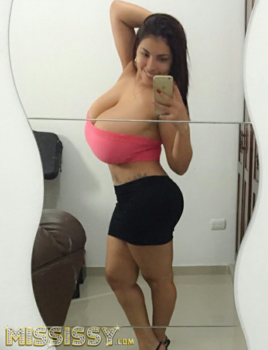 Issy dominican
